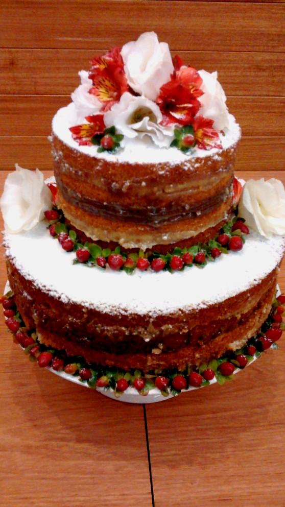 Naked Cake Livinha